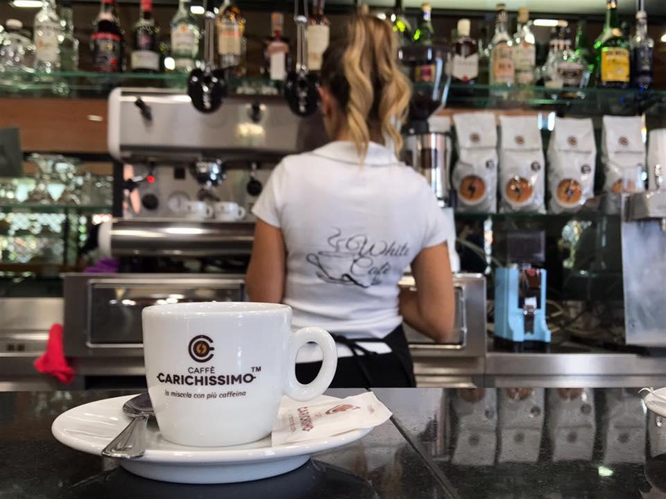 white cafè